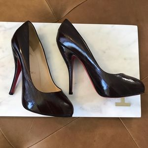 Christian Louboutin Maroon Leather Pump
